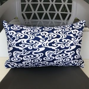 Tommy Bahama Seas The Day Riptide Pillow Cover